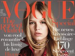 "Anna Ewers na ok�adce ""Vogue Germany"""