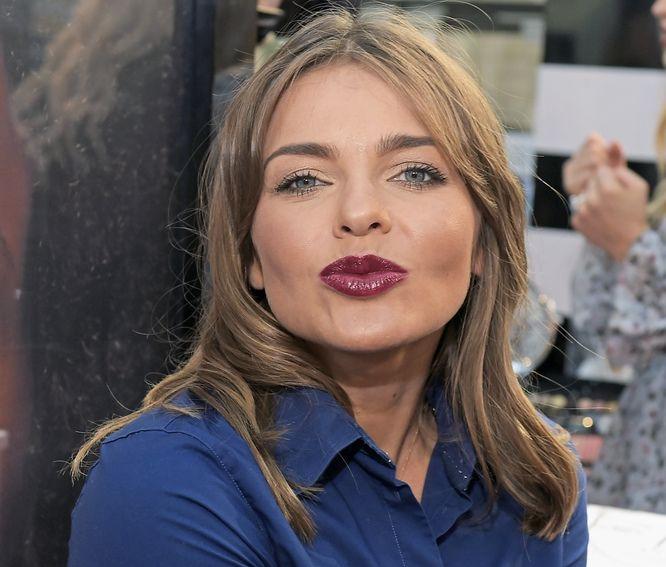 Ciemne Usta Mocne Oko Najważniejsze Trendy W Makijażu Na Jesień I