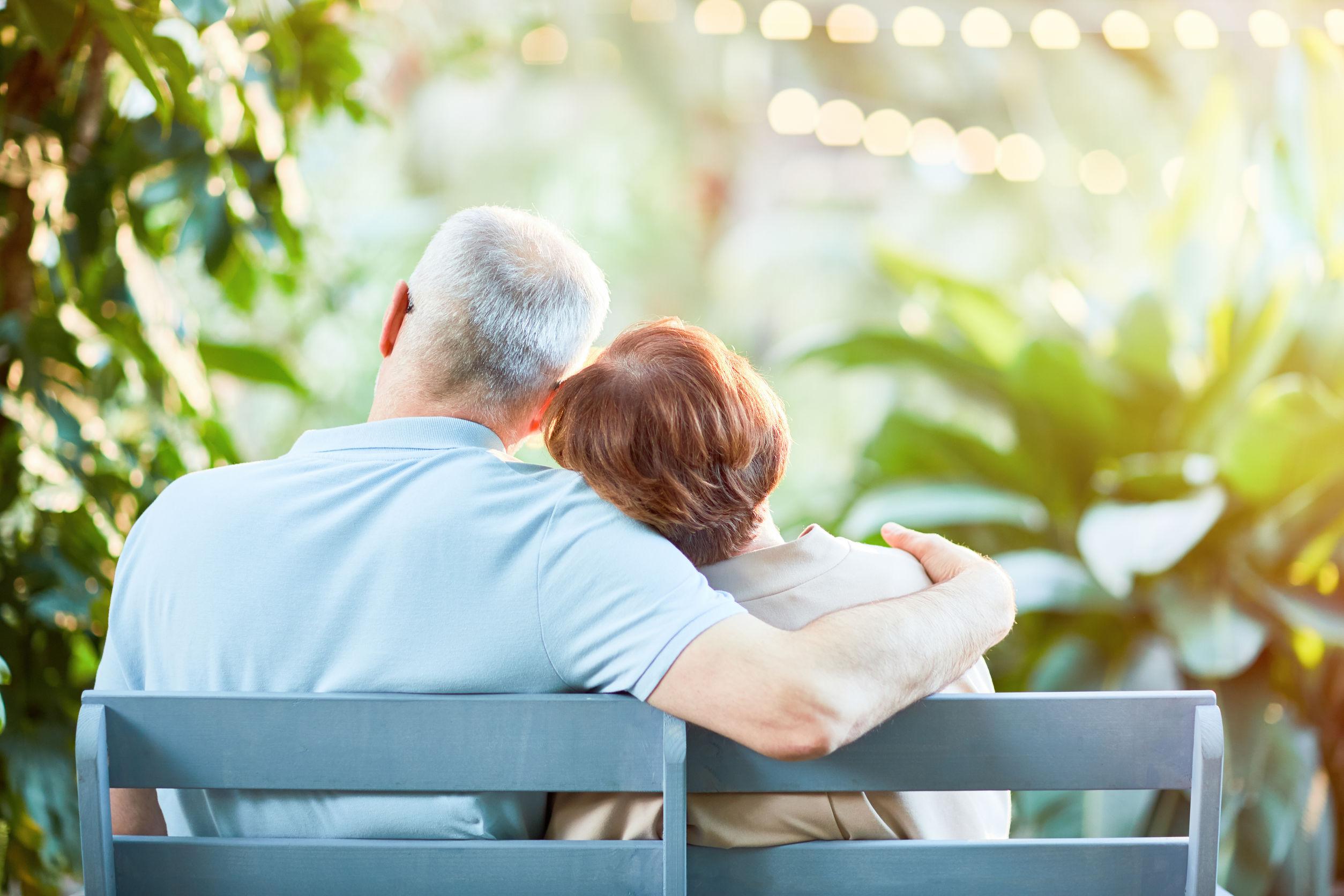 Where To Meet Albanian Senior Citizens In America