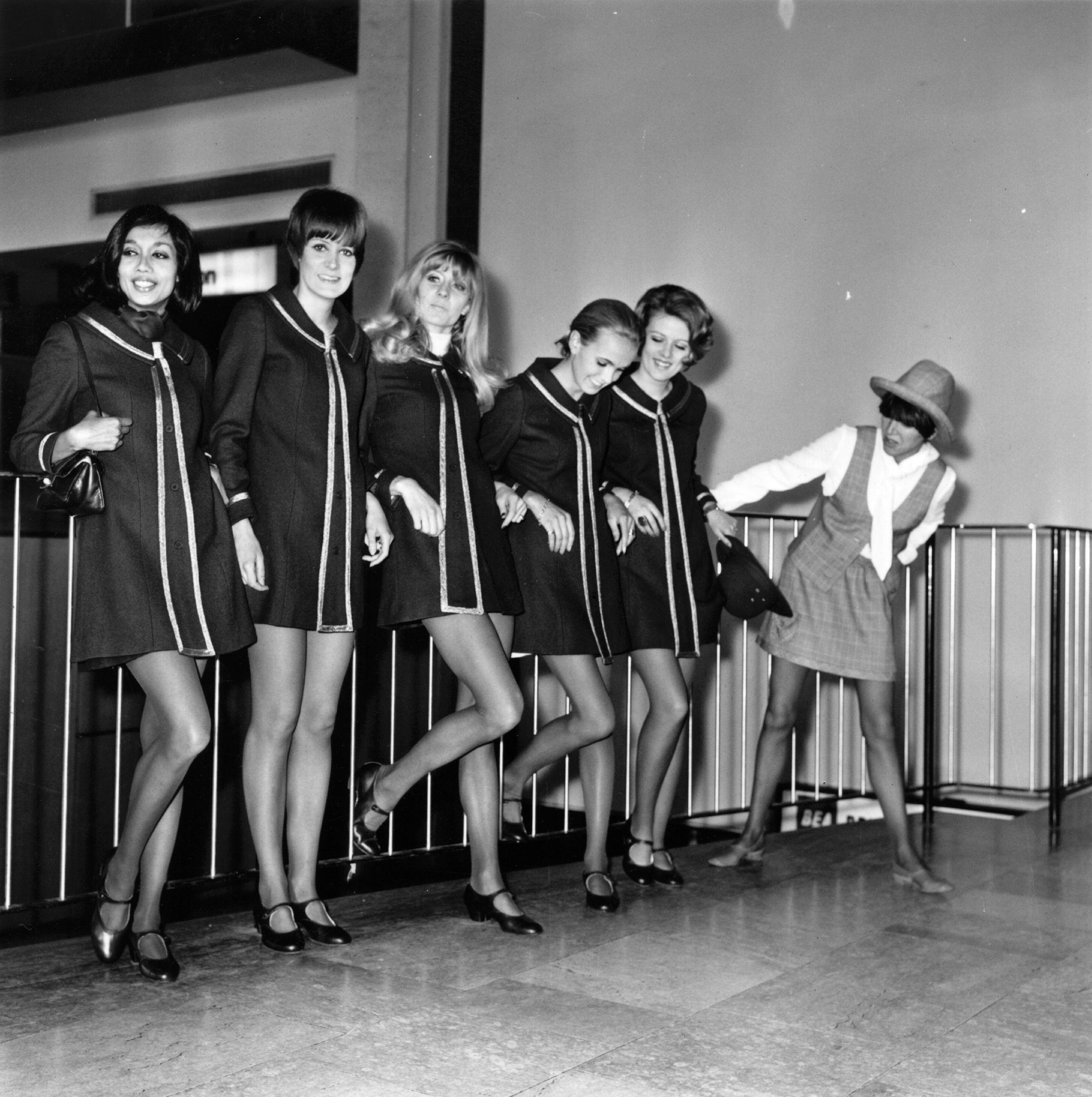 dfa3b565ea Krótka historia mody  spódniczka mini - WP Kobieta