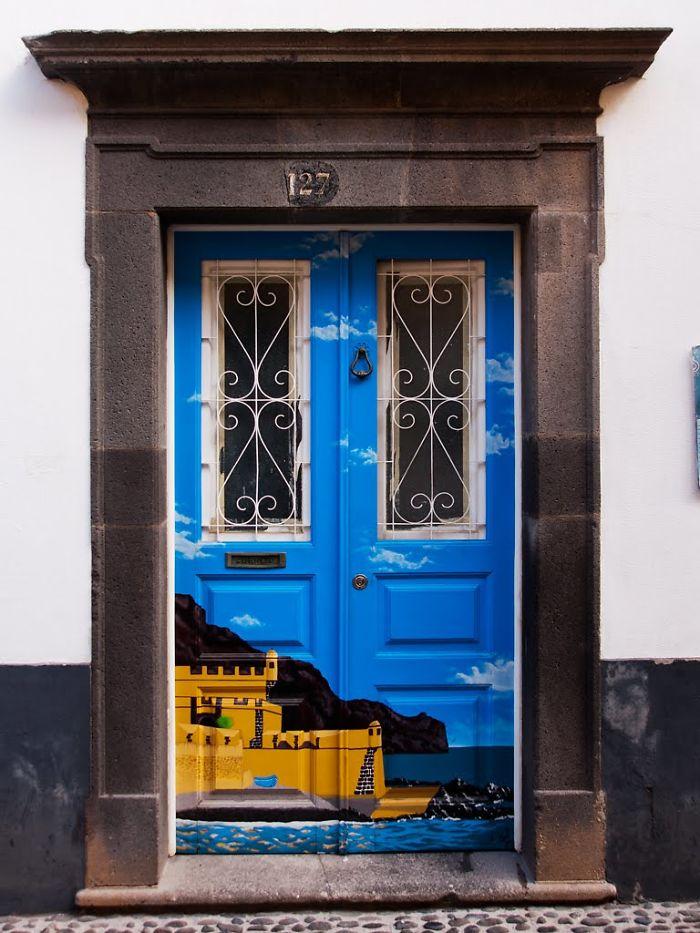 Drzwi jako dzieła sztuki