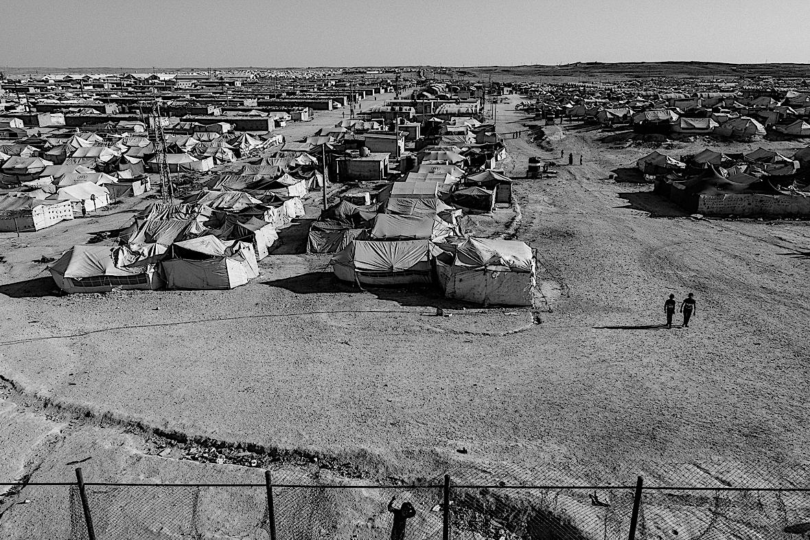Al-Hol to potężny obszar podzielony wg narodowości.