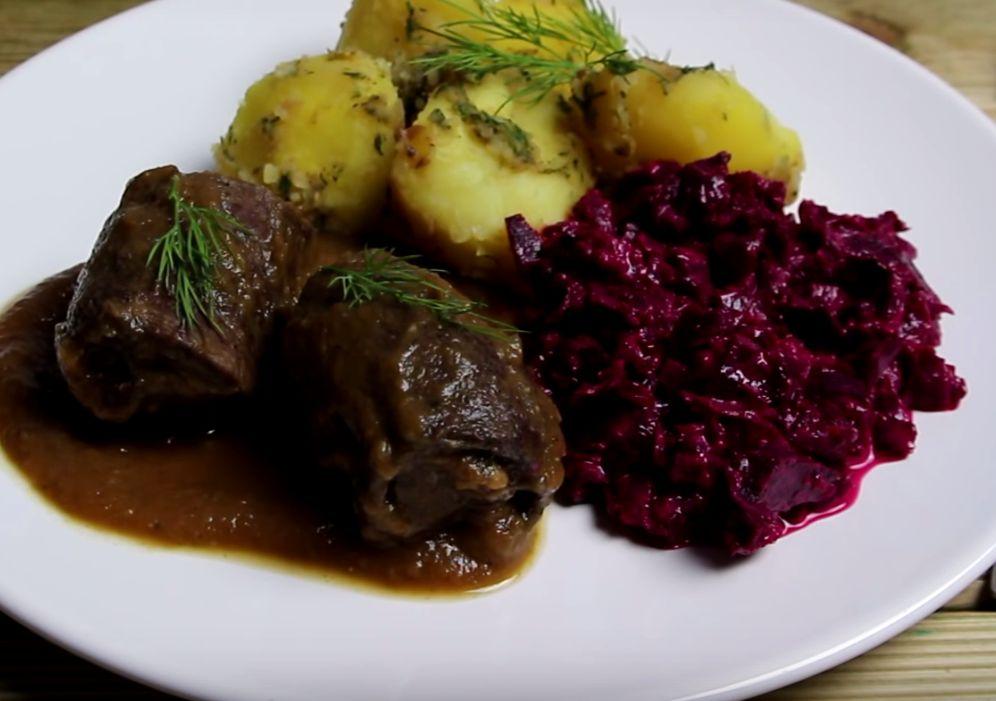 Duszone Roladki Wołowe Z Ziemniakami I Buraczkami Wp Kuchnia
