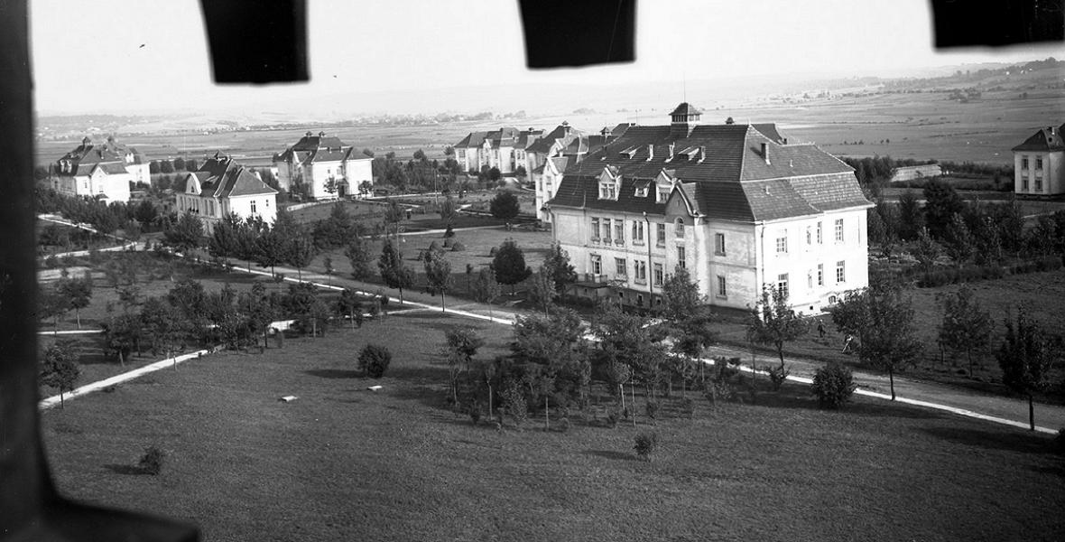 Ogólny widok zabudowań szpitalnych. Sierpień 1927