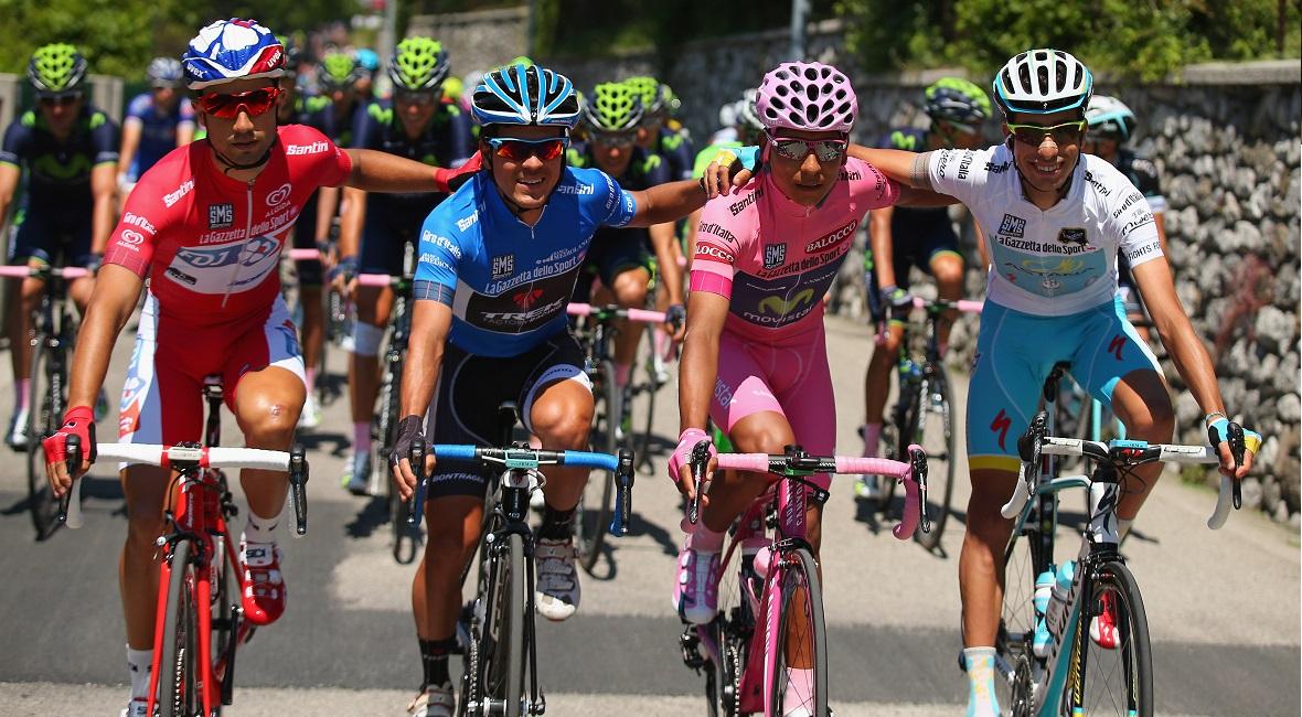 Bohaterowie Giro d'Italia. Od lewej Elia Viviani, Julian Arredondo, Nairo Quintana, Fabio Aru