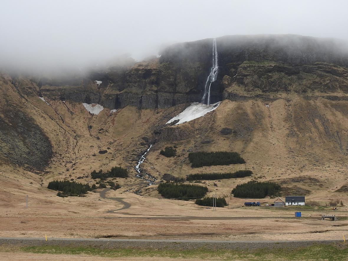 Wodospad Bjarnafoss, półwysep Snaefellsnes, zachodnia Islandia