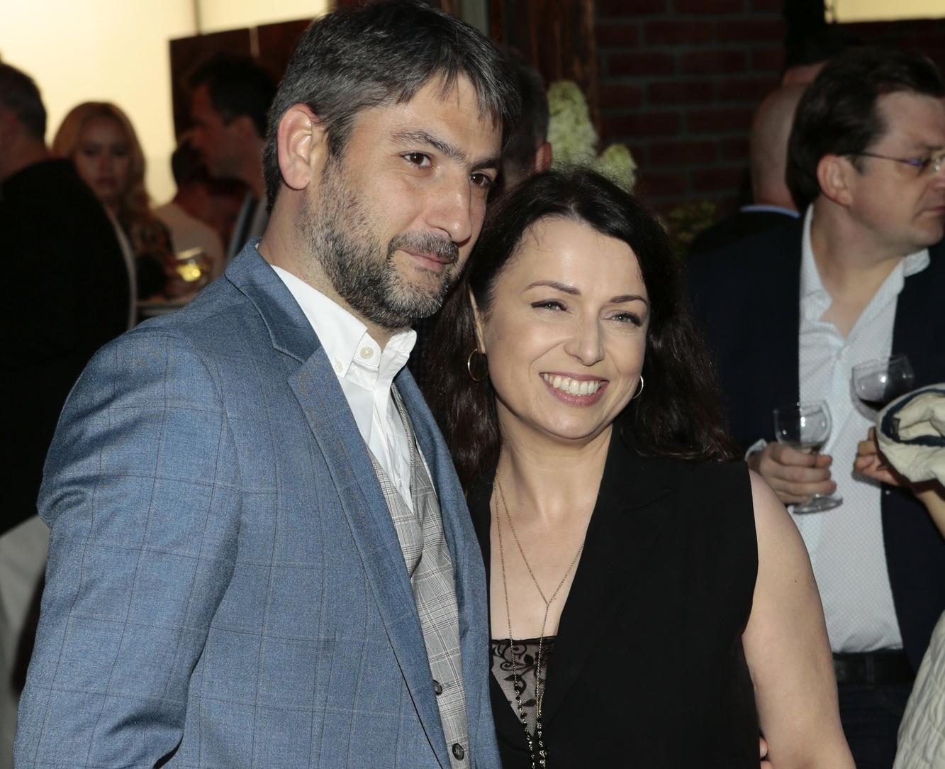 Katarzyna Pakosińska szczęśliwa z mężem u boku. `Wyszło...