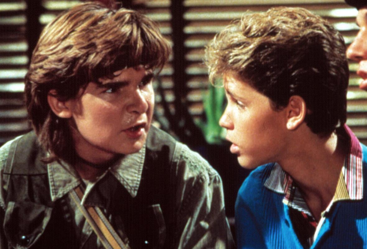 """Alison Arngrim, gwiazda serialu """"Domek na prerii"""", mówiła, że producenci """"przekazywali sobie"""" Coreyów, jakby byli rzeczami."""