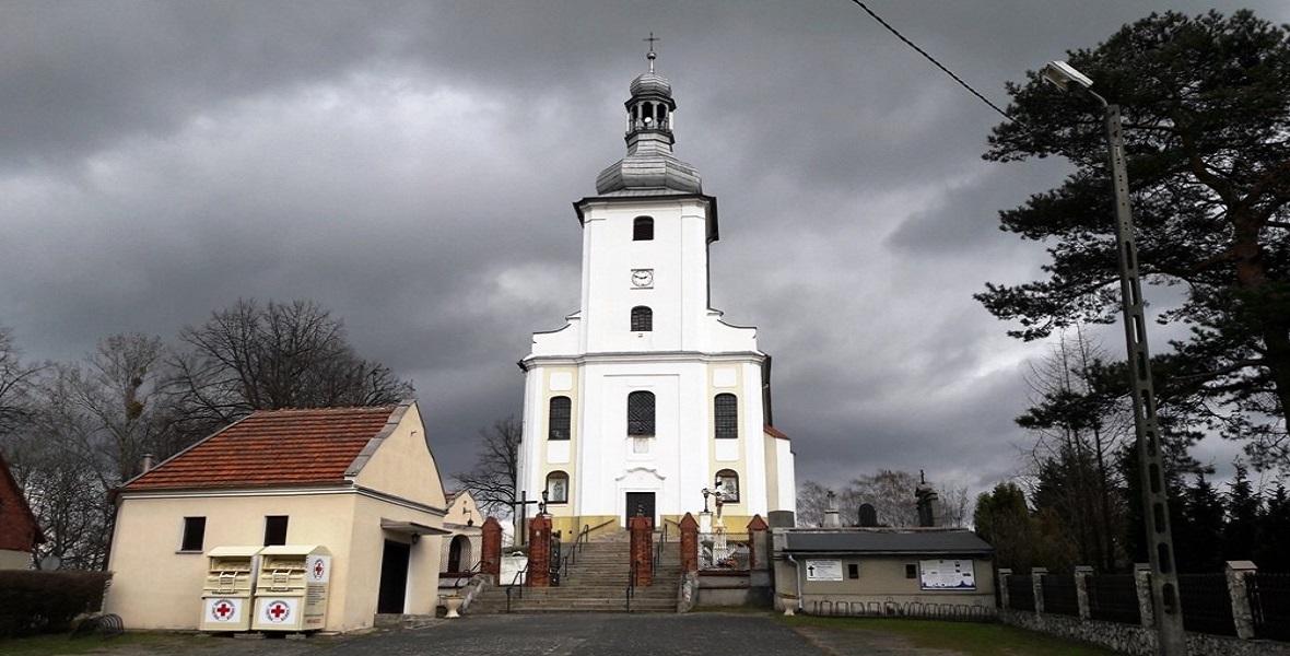 Kościół w Łubiu. Prawdopodobnie tam został ochrzczony Franciszek (Franz) Honiok