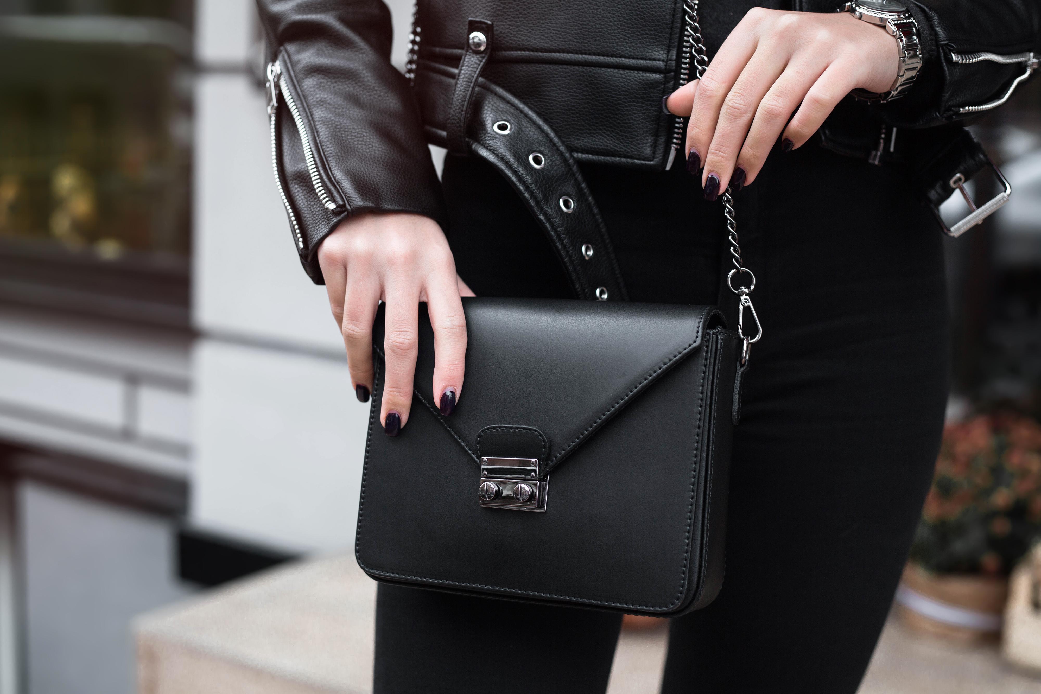 6c18738ce629e Elegancka torebka ze skóry. Niezbędny dodatek dla kobiety z klasą - WP  Kobieta