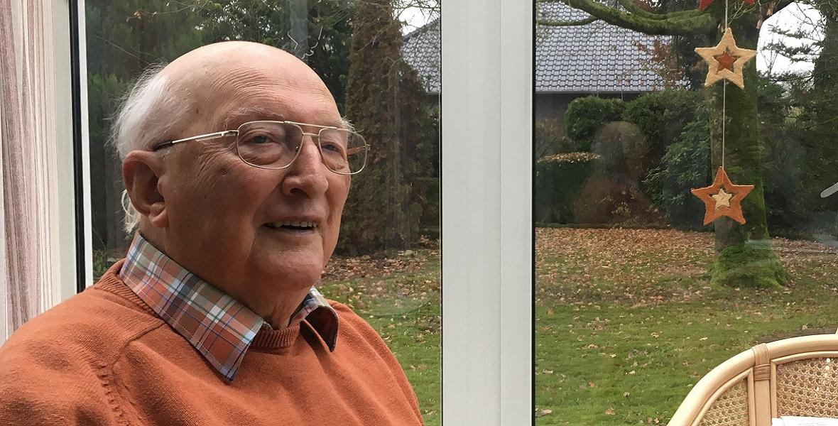 """91-letni Theodor Sjuts dobrze pamięta Eilerta Diekena. """"Był szanowanym policjantem"""""""