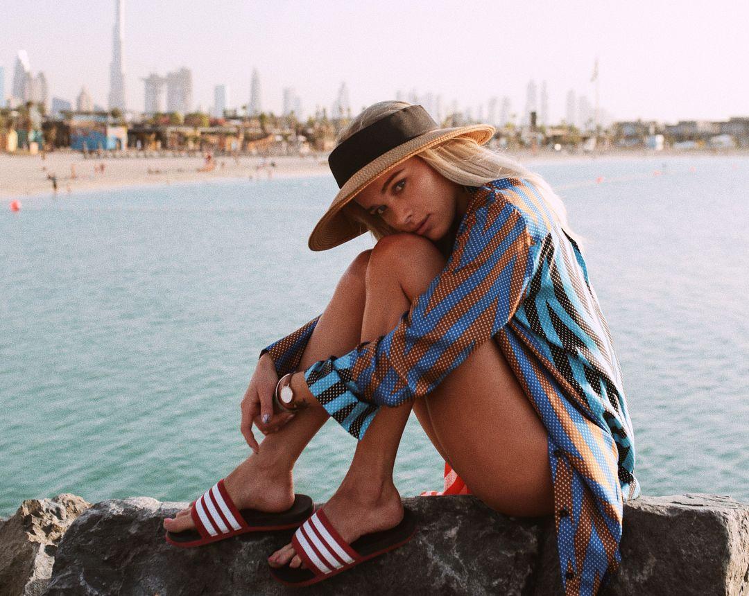 Feet Bikini Julia Kuczynska naked photo 2017