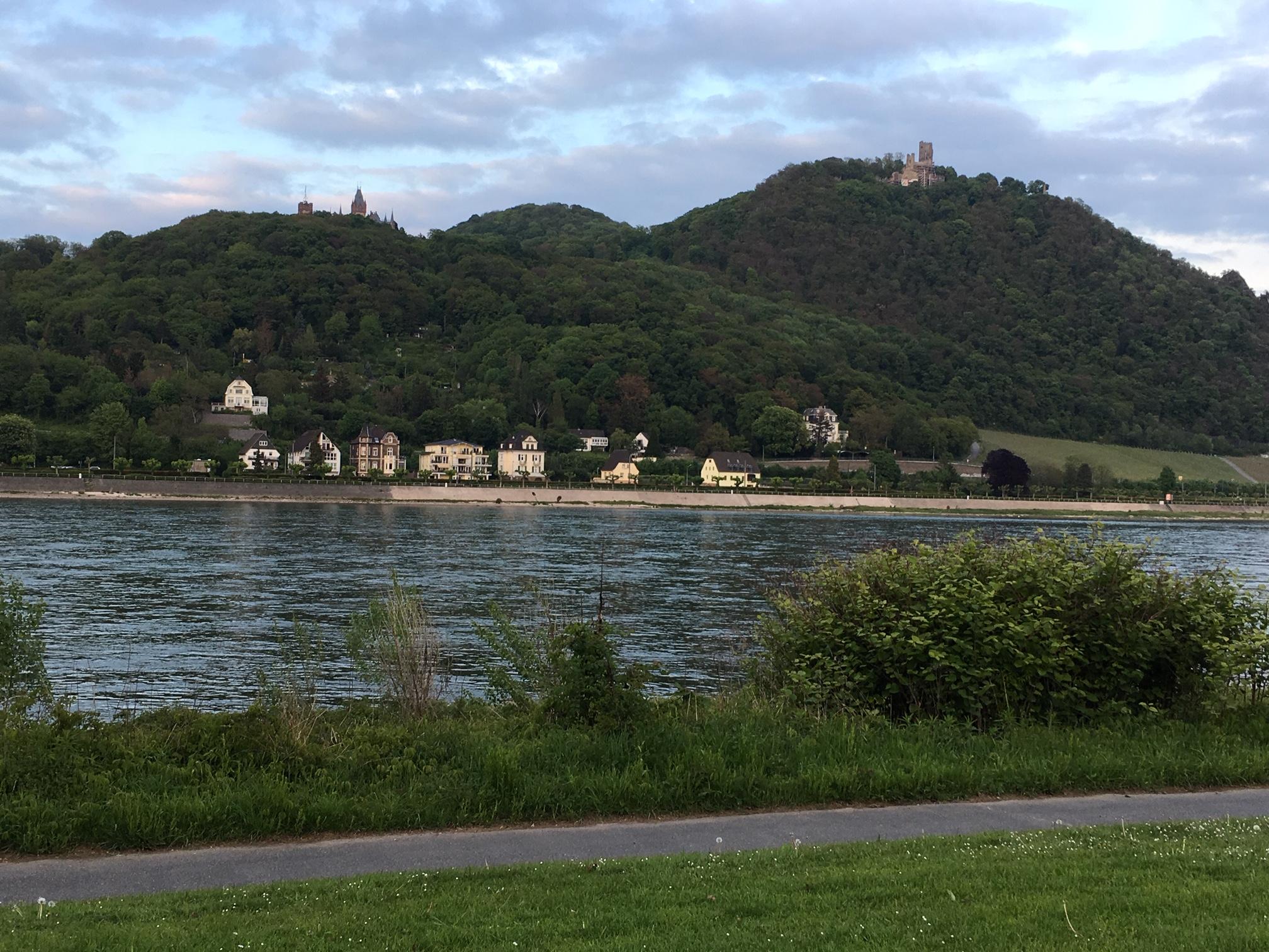 Widok na Siedmiogórze z Bonn. To tu ostatnich dni dożywał nazistowski zbrodniarz Wilhelm Koppe