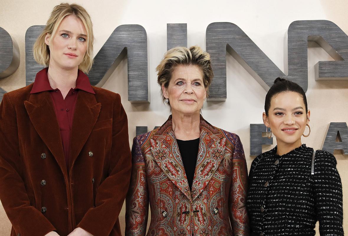 Od lewej: Mackenzie Davis, Linda Hamilton i Natalia Reyes