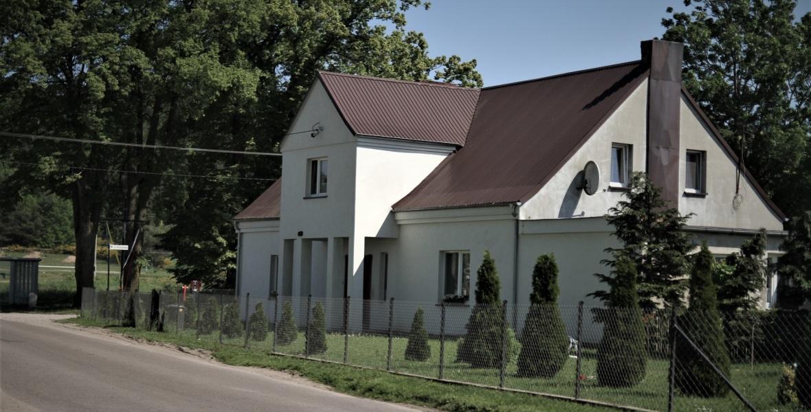 Dom w Zelewie, gdzie wychowywał się Erich von dem Bach-Zelewski.