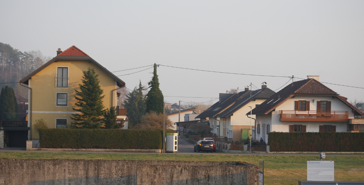 Przy krematorium powstało osiedle luksusowych domów