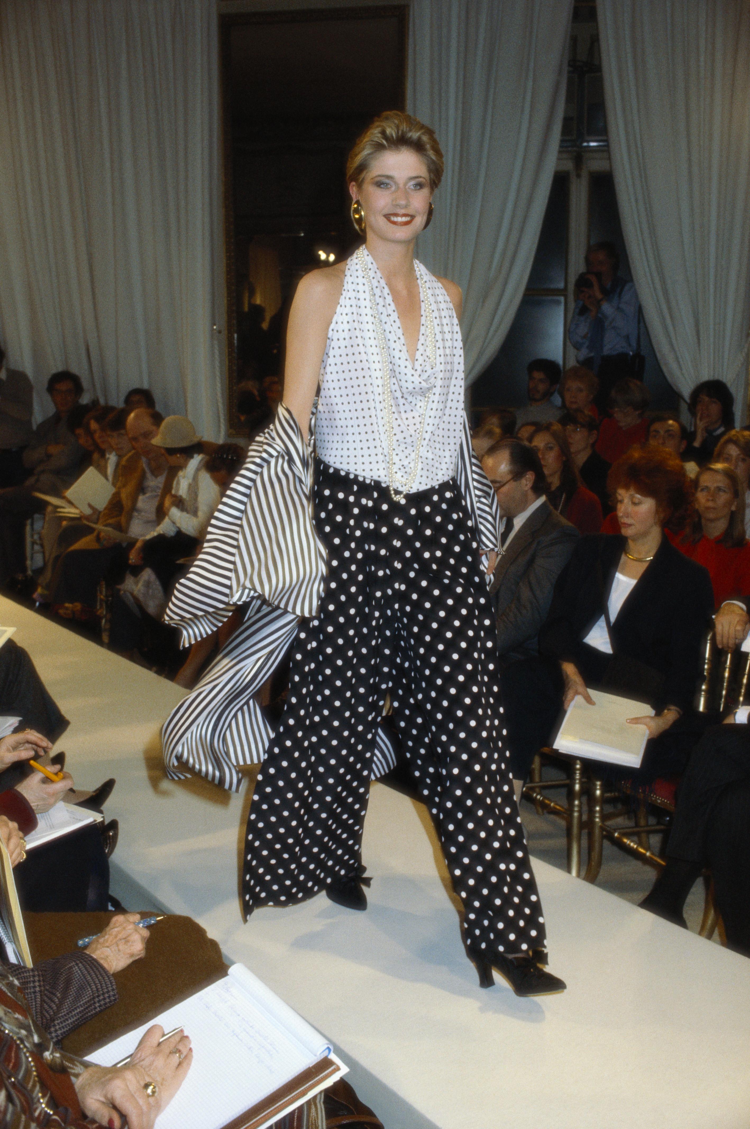 Pierre Cardin 1981-1982 Fall-Winter Fashion Show