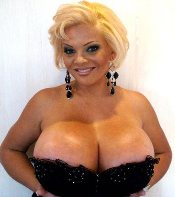 sheyla-hershey-completely-topless-pussy-hot