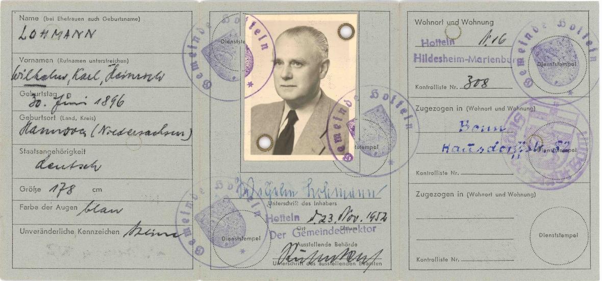 Niemiecki dowód osobisty wydany na nazwisko Wilhelm Lohmann, którym posługiwał się Wilhelm Koppe