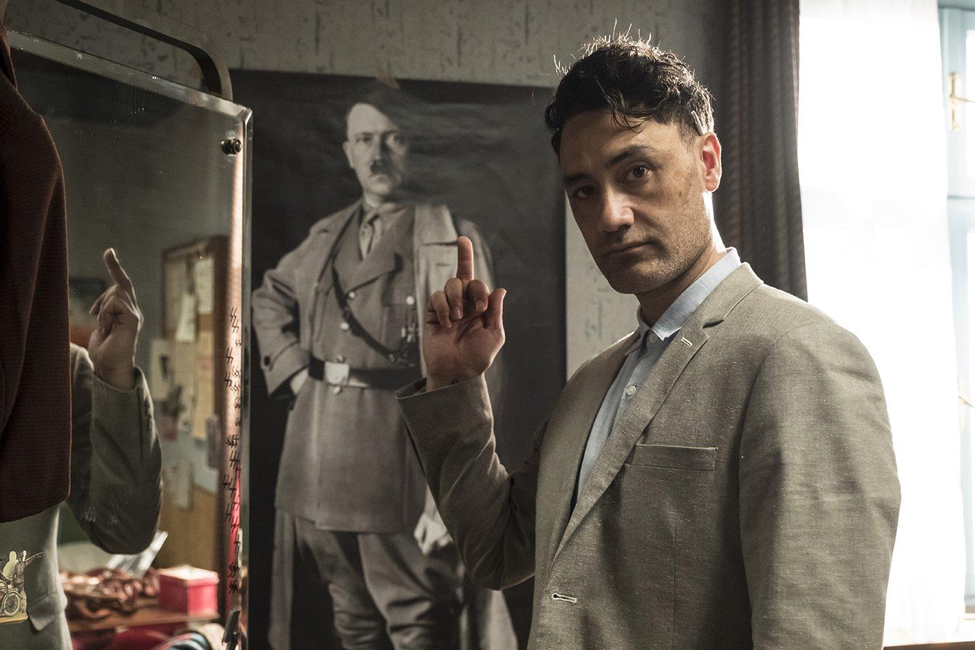 Reżyser nie pozwala zapomnieć, jaki naprawdę jest jego stosunek do Adolfa Hitlera