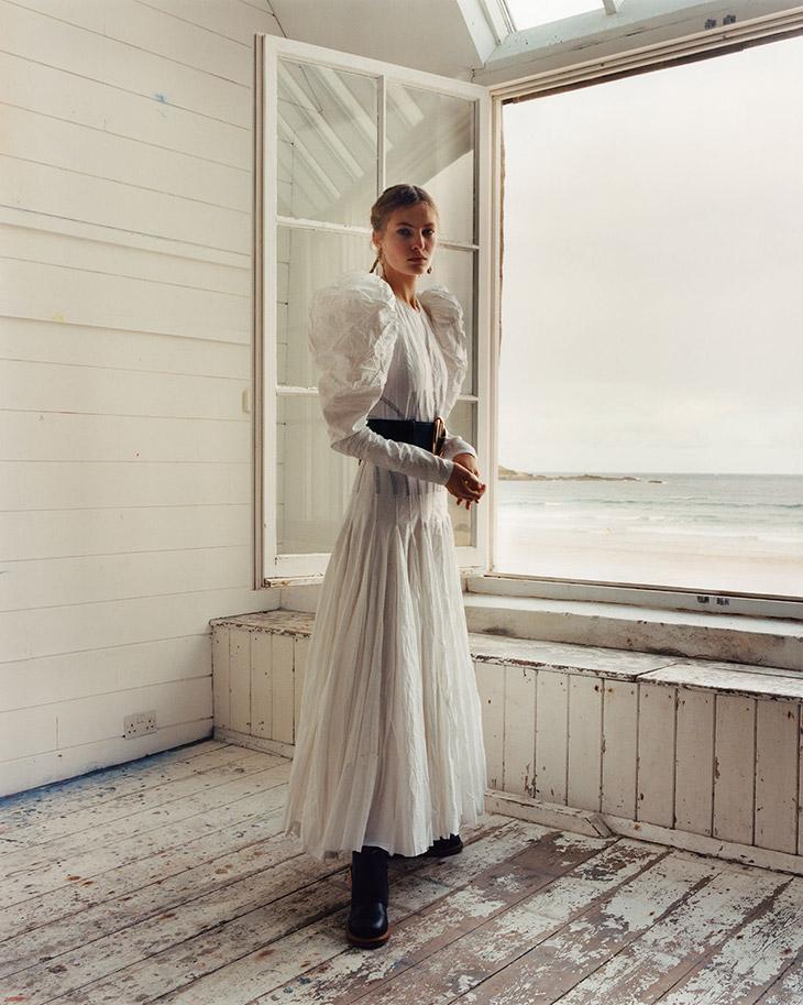 ©Alexander McQueen, Photography by Jamie Hawkesworth