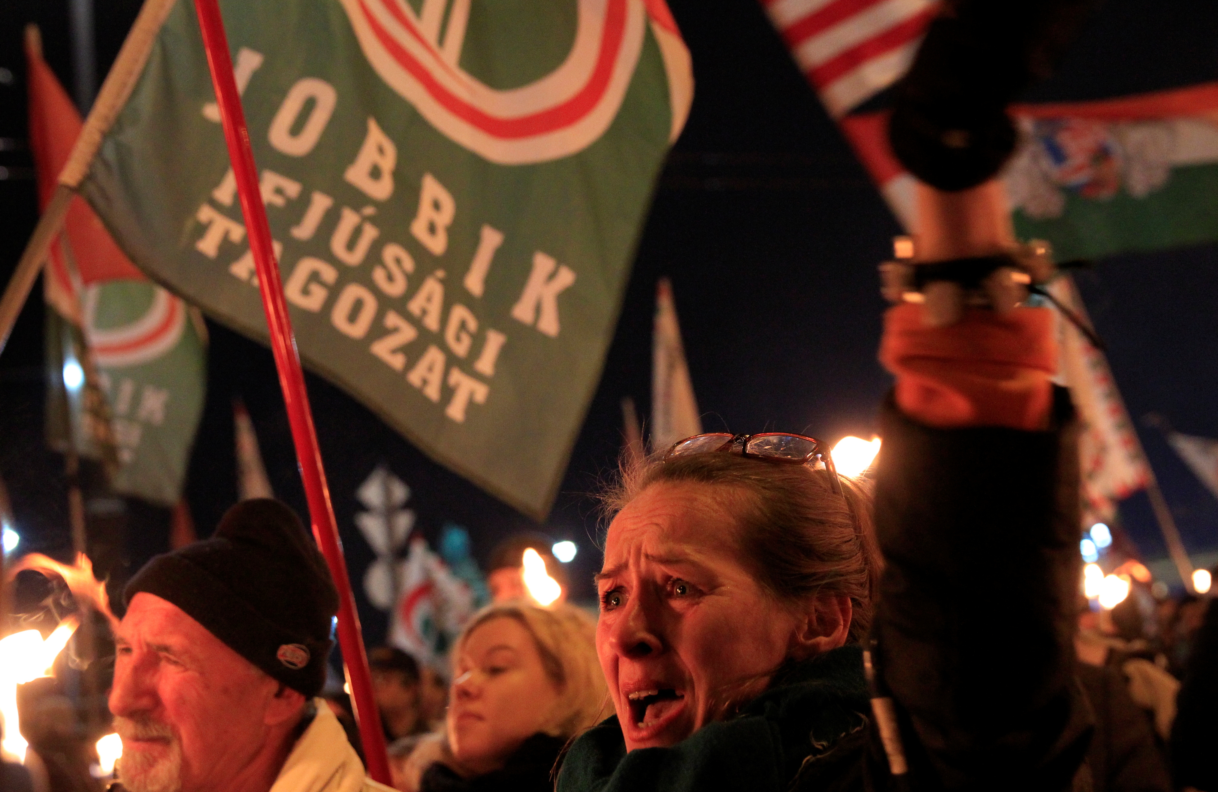 means hungarian anti orbán demonstrators - HD4057×2638