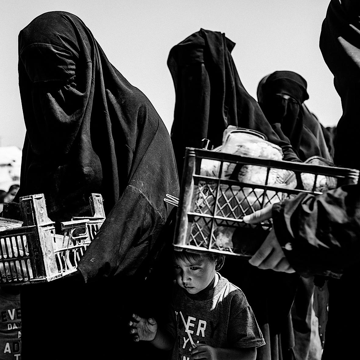 Racje żywnościowe w Al-Hol są bardzo ubogie.
