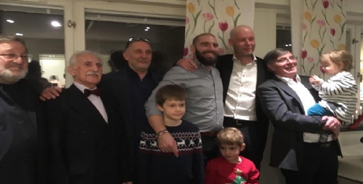 Synowie: Micha, Robert i Andrzej, wnukowie: Filip i Pierre, prawnukowie: Alex, Łukasz i Olivia, 2017 rok.