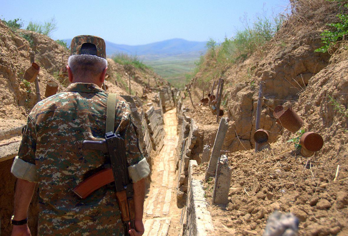 Karabach. Okopy linii kontaktu