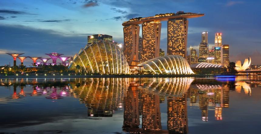 W Azji – Singapur, a w Oceanii – Auckland