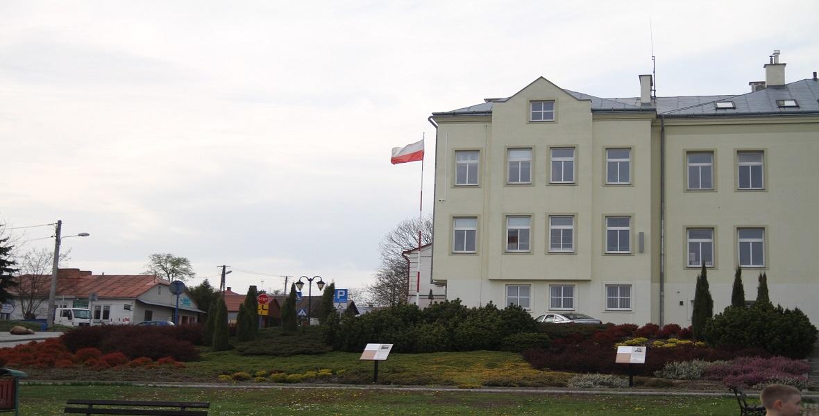 Siedziba władz miasta i gminy w Pruchniku.