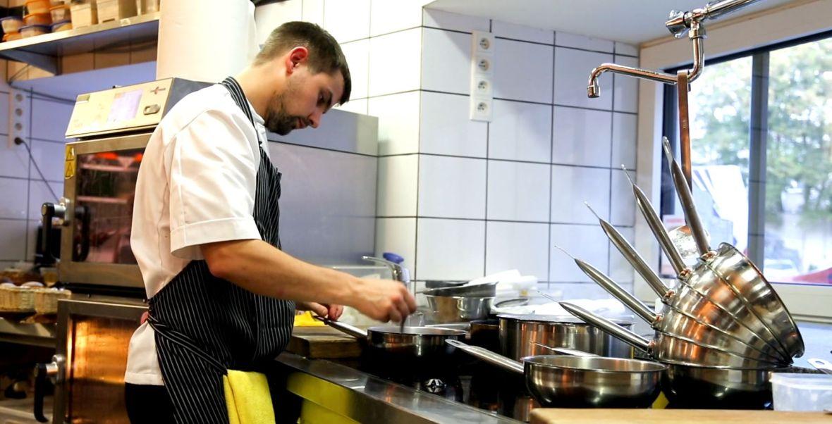 Masowano Mnie Mizeria Czyli Prosty Pasibrzuch Z Wizyta W Najlepszej Restauracji W Polsce Magazyn Wp