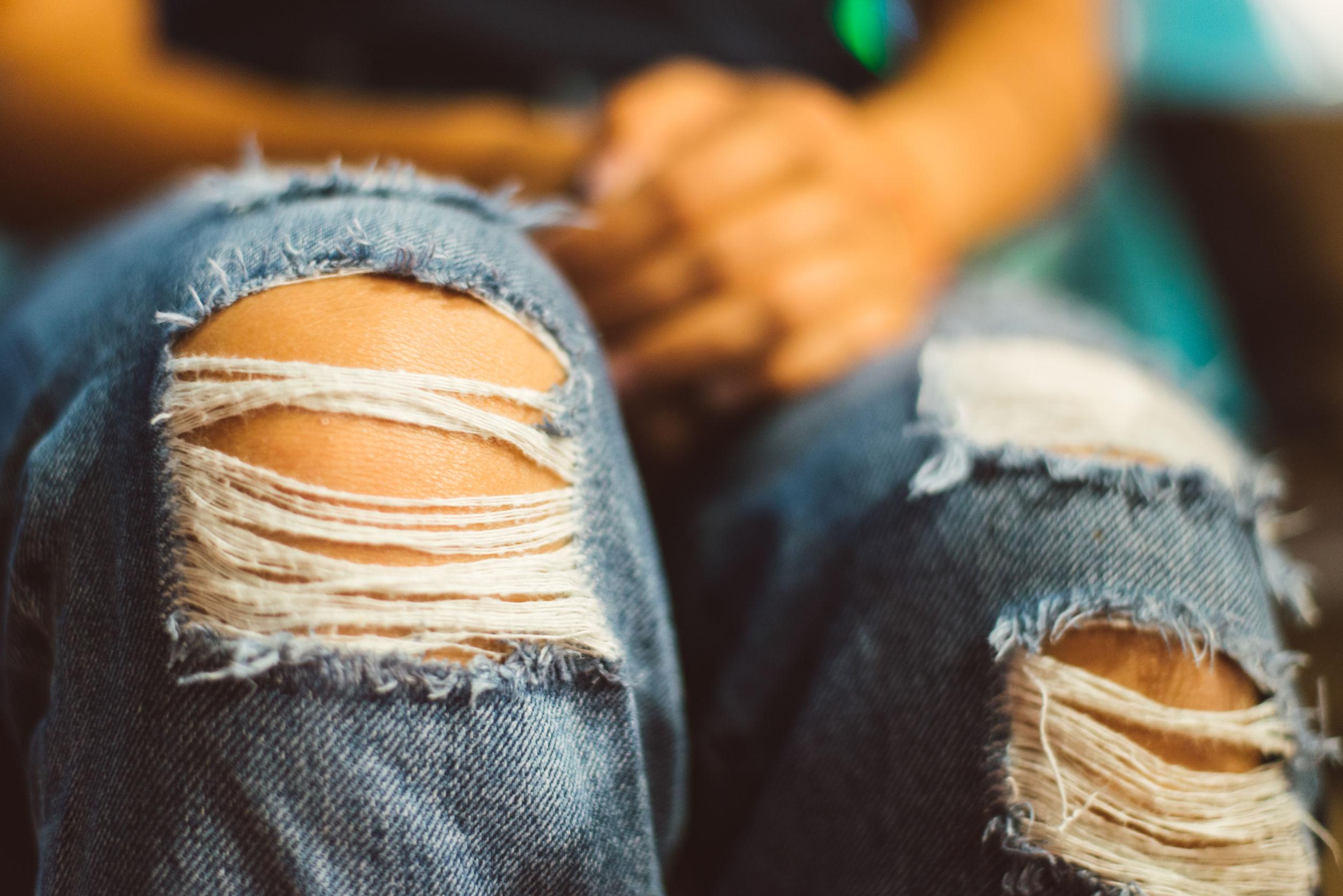 Podarte jeansy są nieprzyzwoite? Chrześcijański publicysta