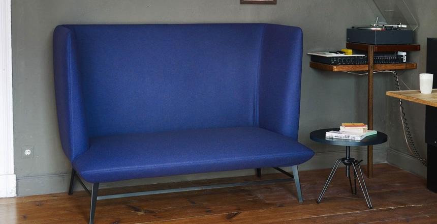 Fotel w dżinsach