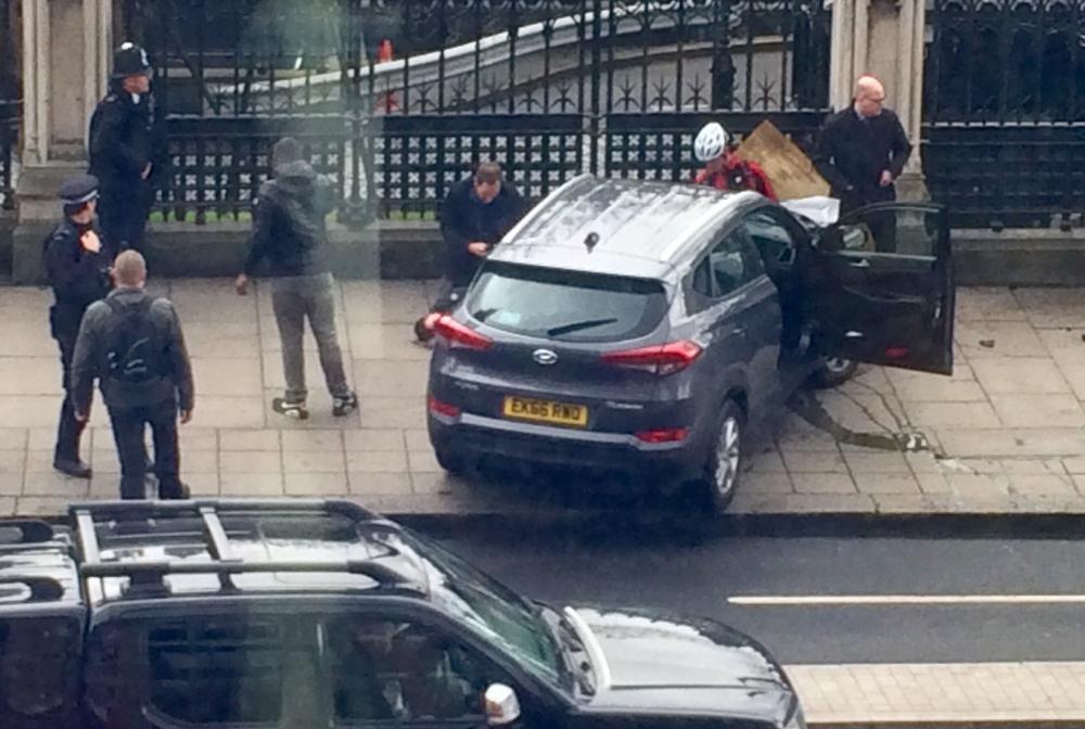 Zamach Photo: Radosław Sikorski świadkiem Zamachu W Londynie
