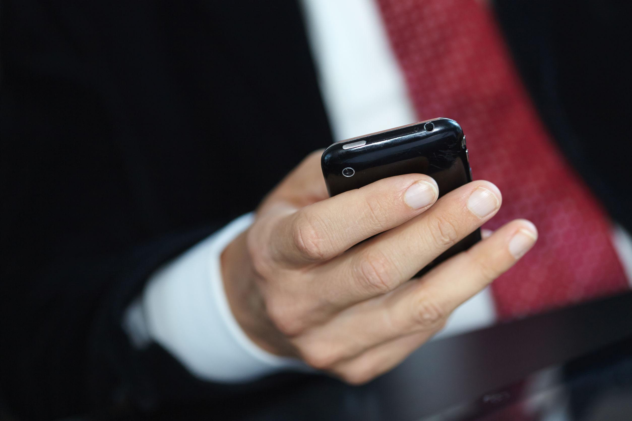 wysyłanie SMS-ów do kogoś po podłączeniu przejście od randki do wyłączności