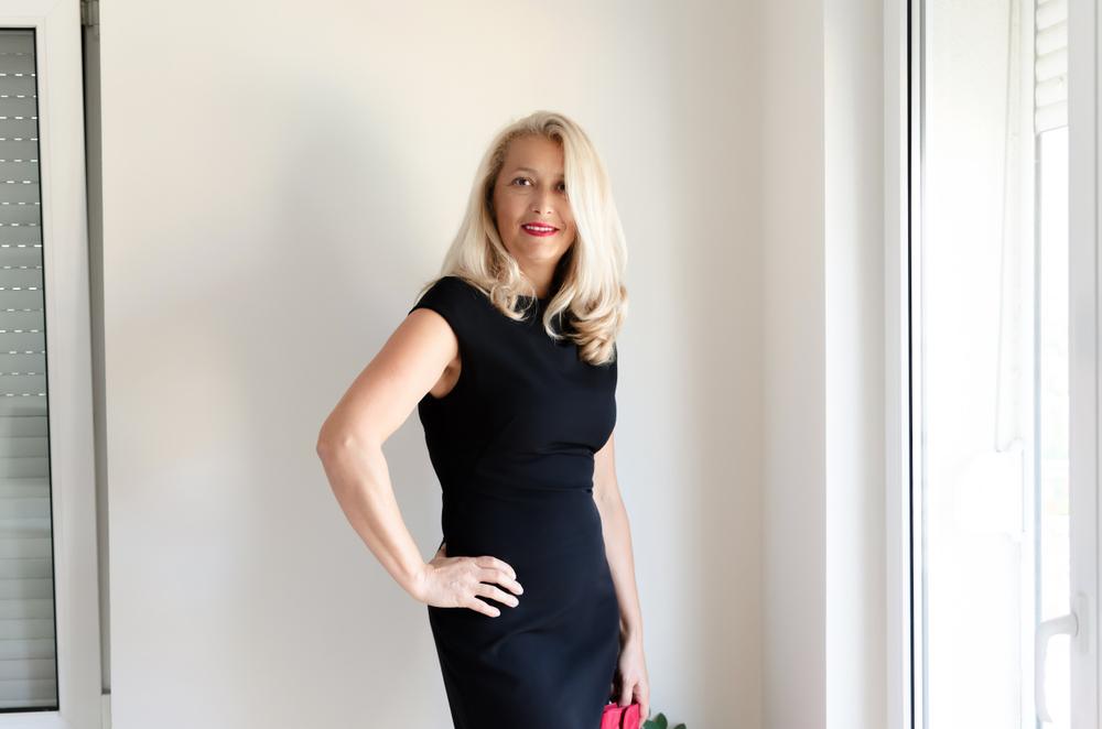 eb447196 Skromne, gustowne i idealne do pracy. 30 tanich sukienek do biura ...